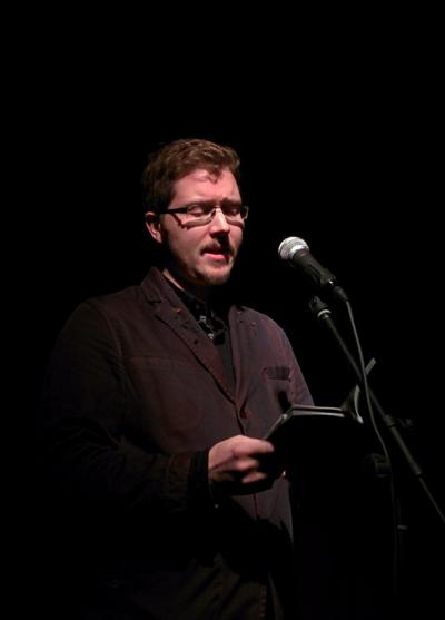 Tom Chivers at Pighog poetry night in Brighton