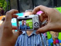Paparazi_827847664_l
