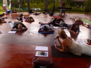 Getting to one's message via the body - Yoga & Writing Workshop