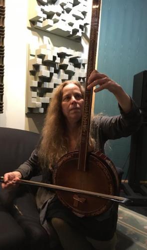 Beth Bahia Cohen on Yayli Tambur