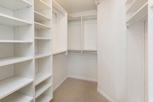 1800Washington317 Closet