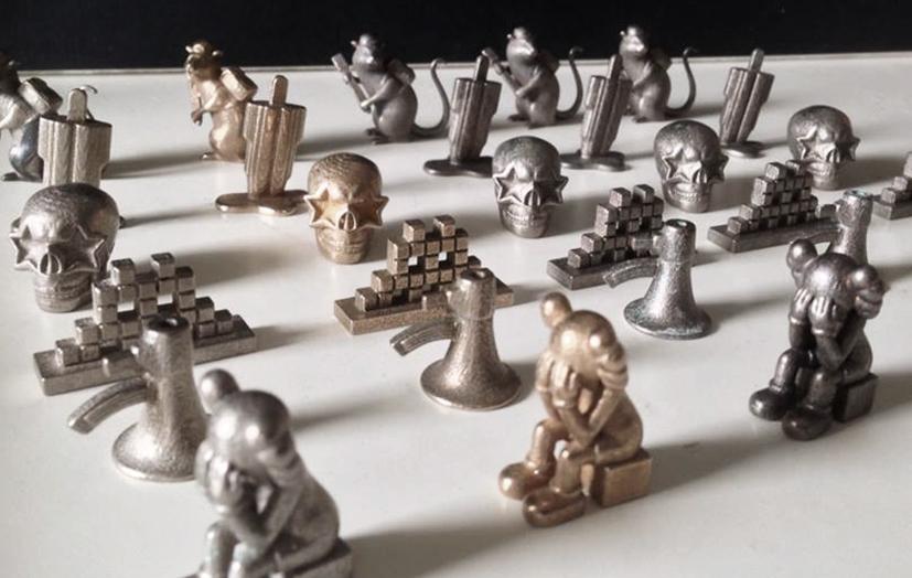 In metaal 3D-geprinte speelstukken voor Streetopoly.