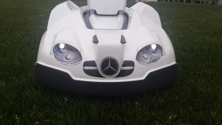 automower-430x-weiss-vorne-licht-1