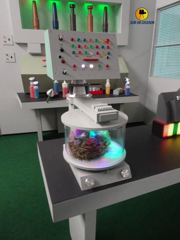 Star Trek set tour - science lab