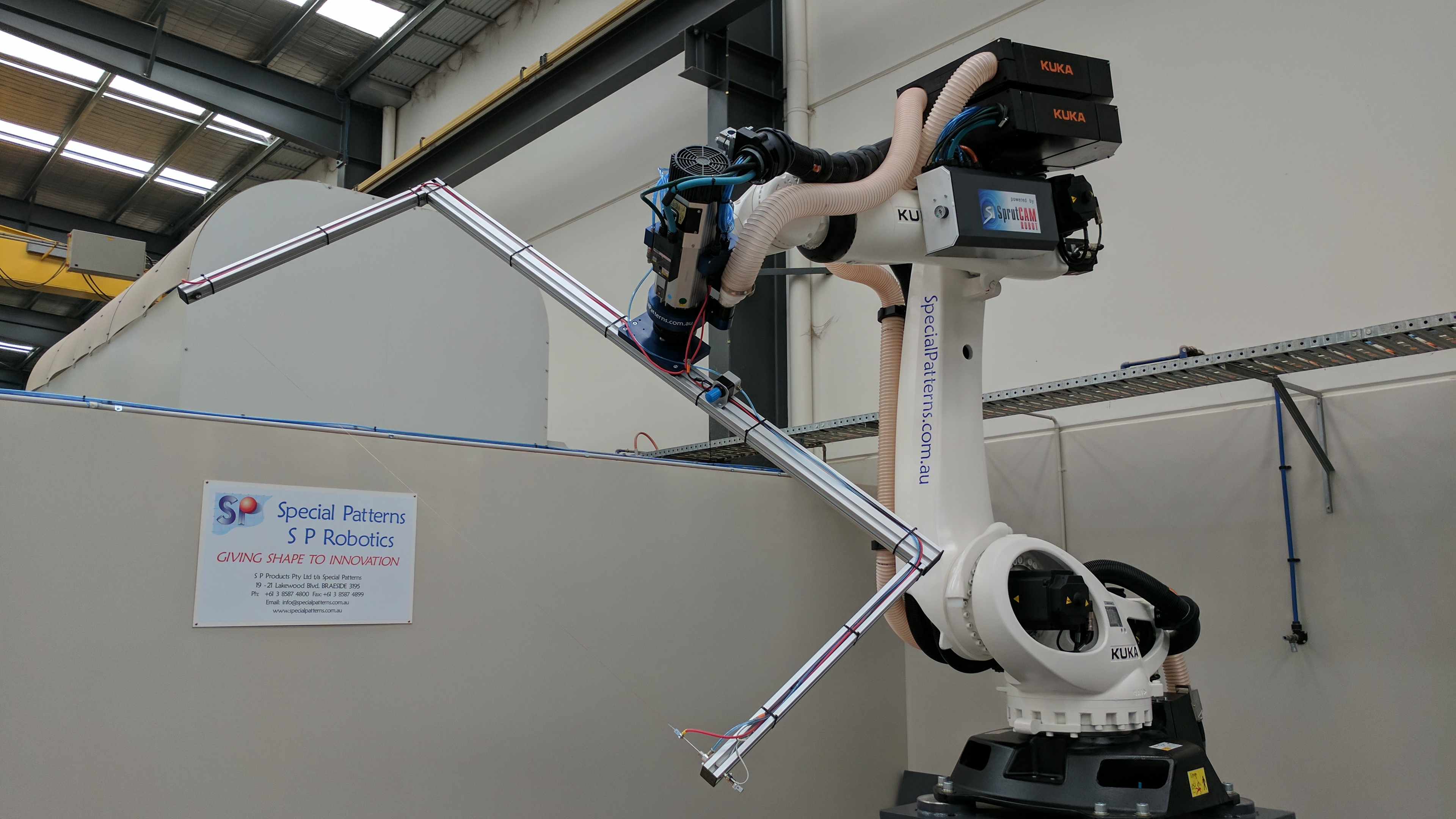 Robotic Hot Wire Cutting in Melbourne - 7 axis Robot and 2 axis CNC.
