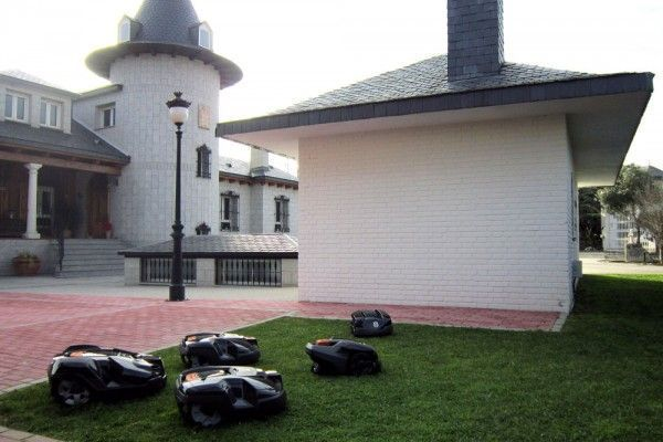 Conoce Robotic Mowers