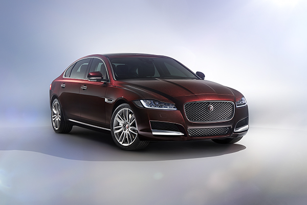 Jaguar XFL: hand-built by 300 robots and featuring driverless car technology