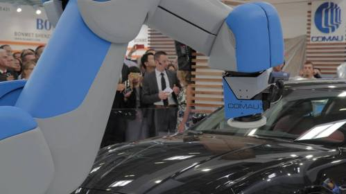 Comau's new robot being demonstrated at Automatica