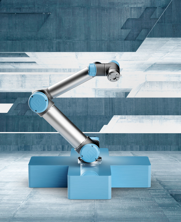 Analysis: Universal Robots continues to dominate cobot market but faces many challengers