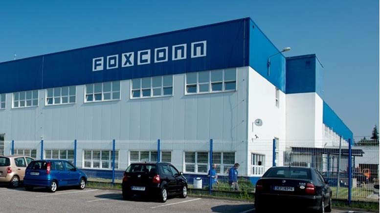 Foxconn to build $10 billion manufacturing plant in Wisconsin as part of massive expansion plan in US