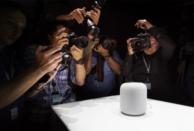 The new Apple home automation device, the HomePod