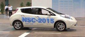 Nissans robotbil hittar en parkeringsplats medan du handlar