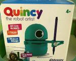 Quincy - детский робот художник