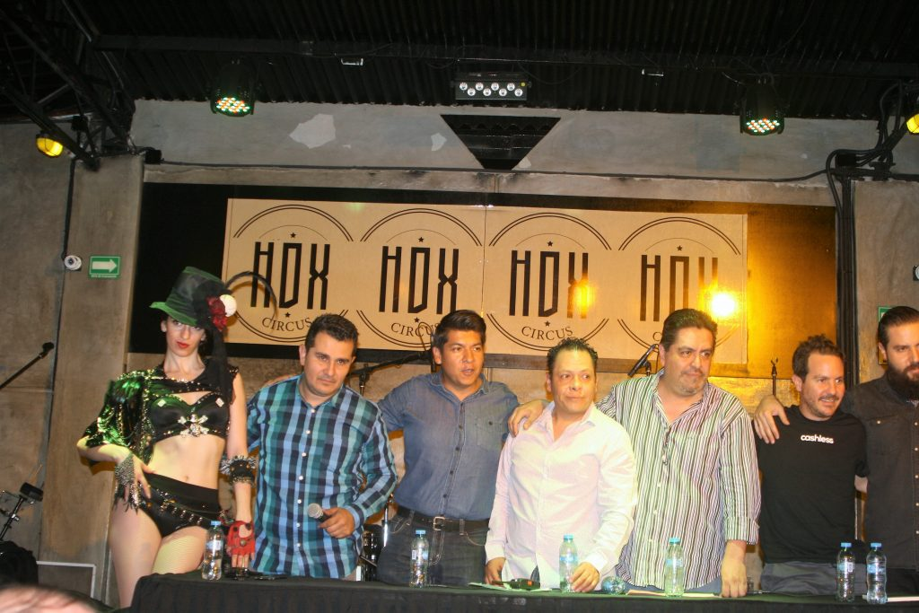 Pronto rock y chelas en HDX Circus Bar.