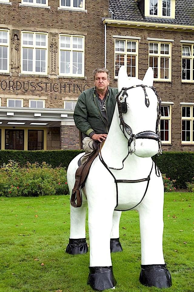 Rob Scholte op het Paard voor Willibrordus