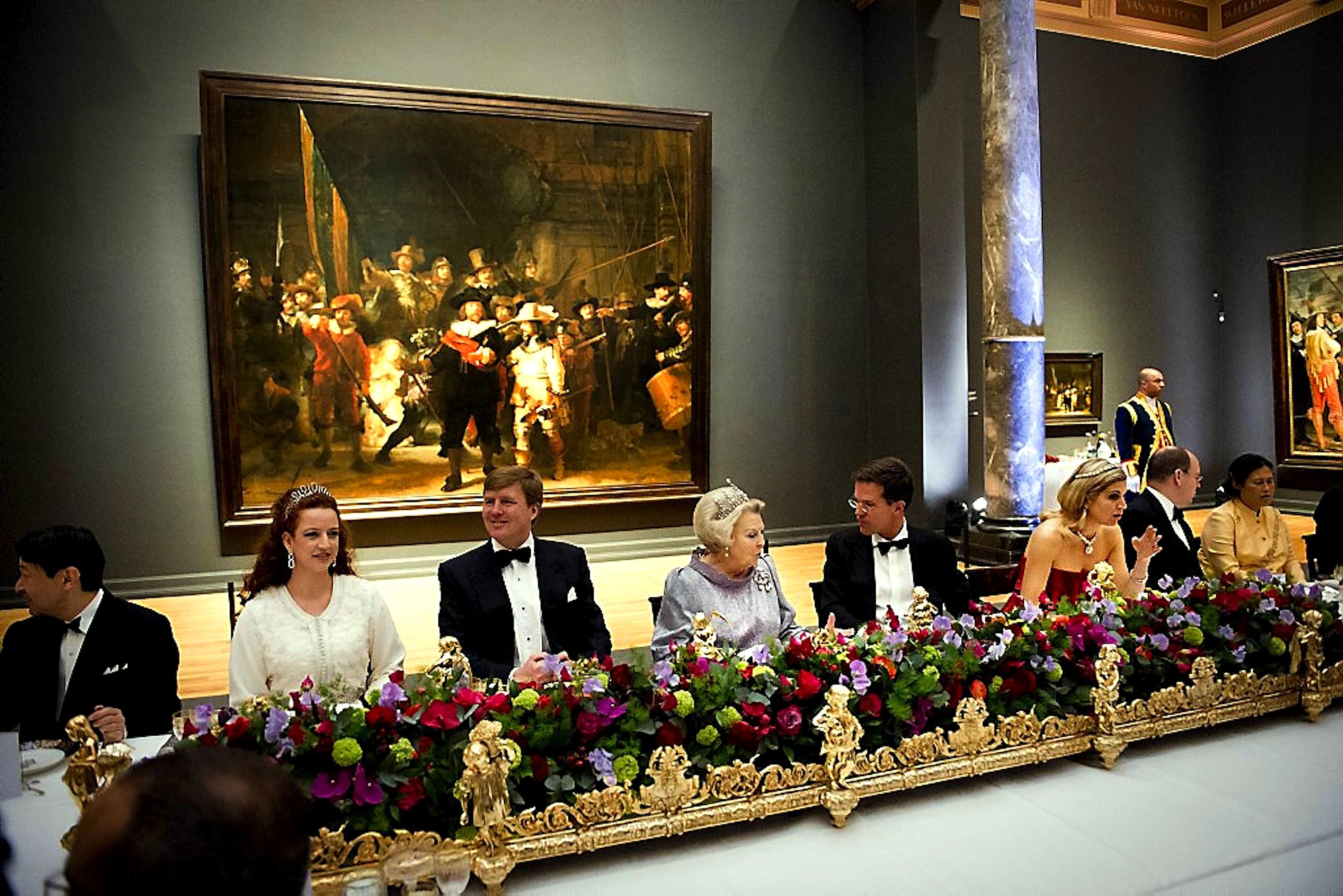 Dineren ter gelegenheid van het aftreden van koningin Beatrix in het Rijksmuseum
