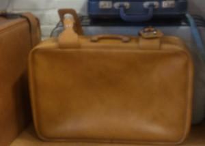 Koffers, waar de gedichten in gaan (foto De Dijk)