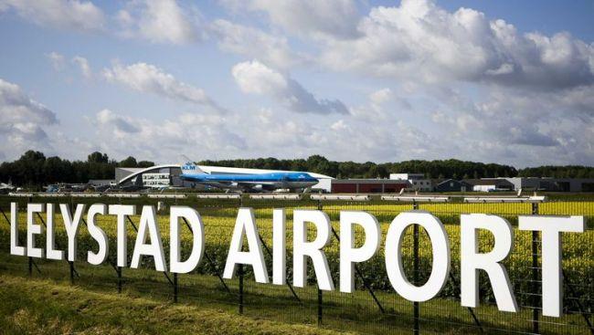 Lelystad Airport (foto Trouw)