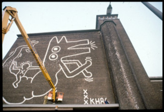 Mural Depot Centrale Markthallen (Stedelijk Museum Amsterdam Archive:Keith Haring Foundation)