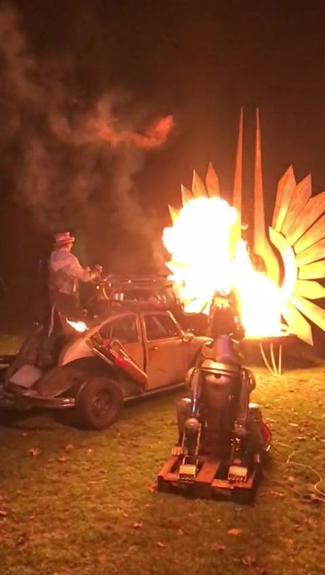 Vuur, fik en herrie (foto Facebook)