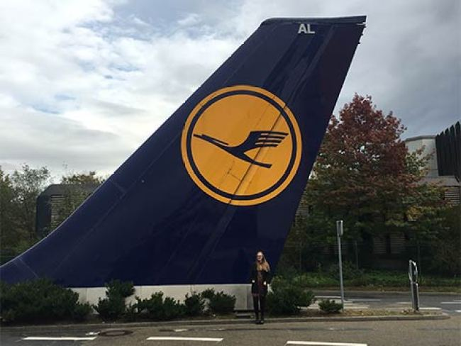 Ready for take-off - an internship at Lufthansa - International School of Management ISM (foto en.ism.de)