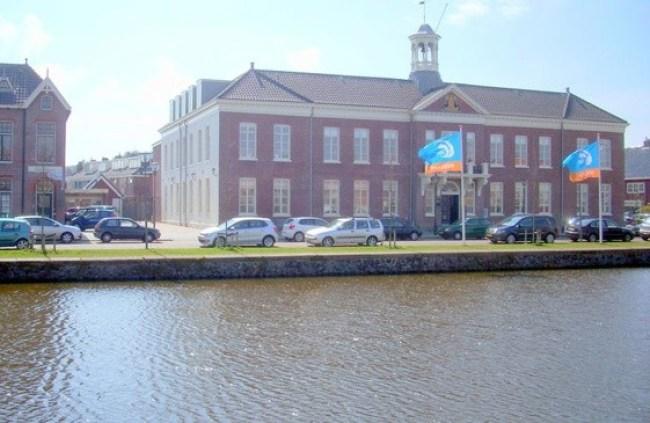 Stadhuis Den Helder aan de Kerkgracht (3) (foto Den Helder aan Zee)