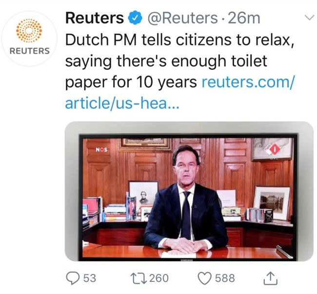 Enough toiletpaper for 10 years (foto Twitter)