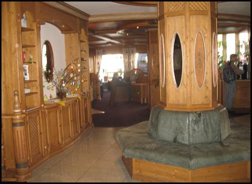 2009-0408-uso-hotelchristin