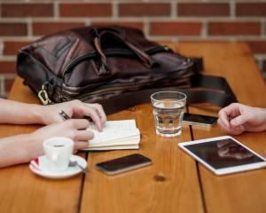 Fazer reunião ou não fazer reunião, eis a questão