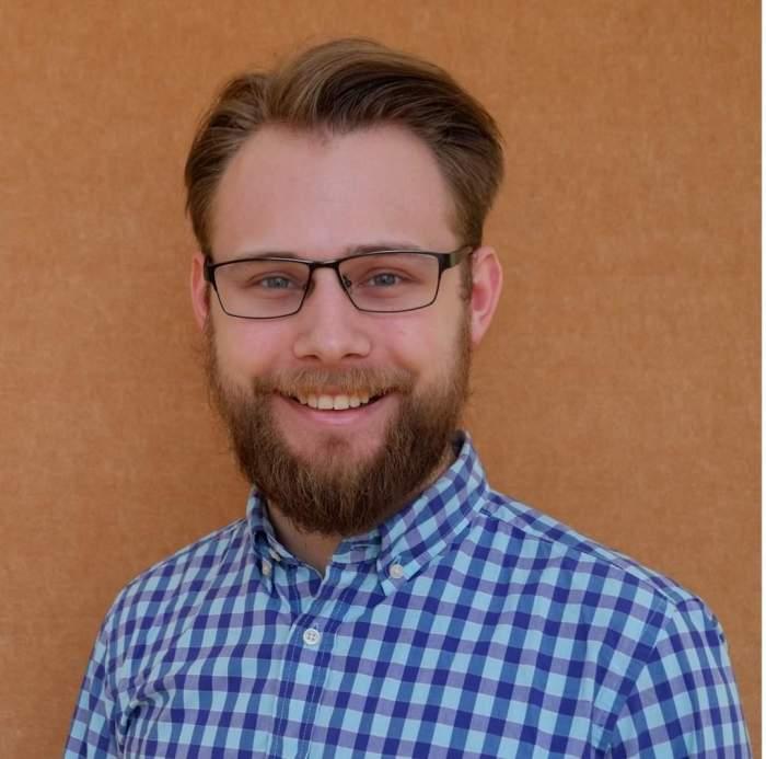 Calvin Ediger Headshot