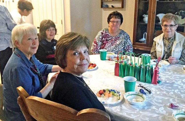 Souper Gals: Karen Soloman, Nancy Nevius, Peggy Zilinsky, Betty Silich, Jaque Guest and Carol Hansen