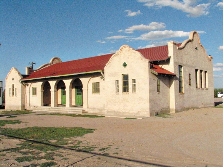 The Toltec Elementary School is currently being restored by the Santa Cruz Valley Historic Museum.