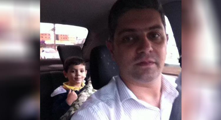 Criança clama com fervor a música Espírito Santo, do Bispo Rodovalho, e pai publica na internet