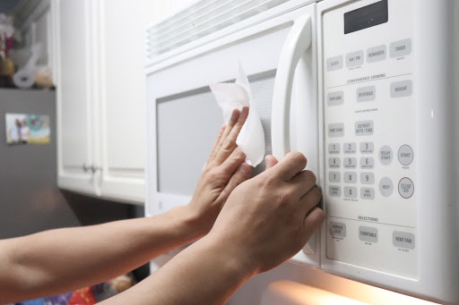 Cleaning microwave exterior