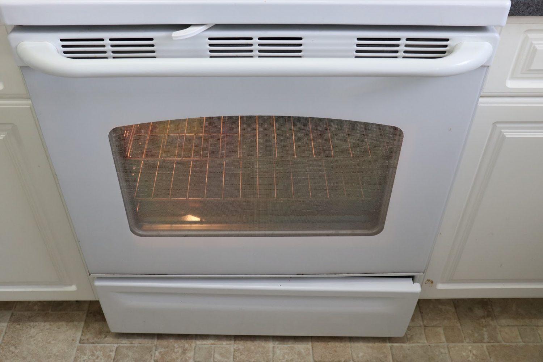 Clean oven door household ingredients
