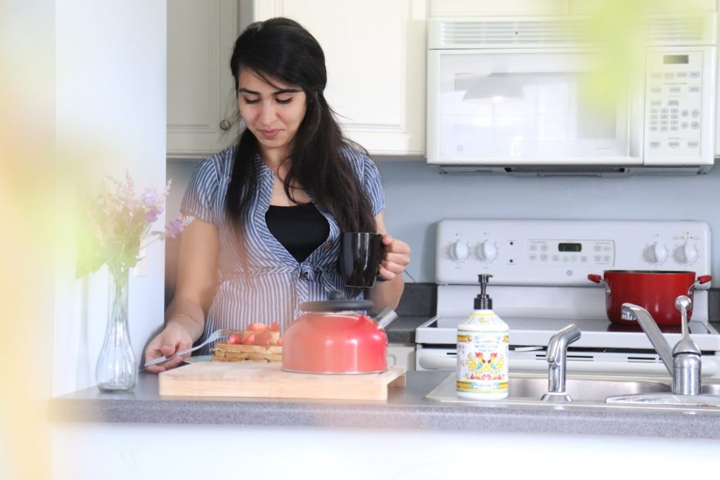 nadia-cooking-in-the-kitchen