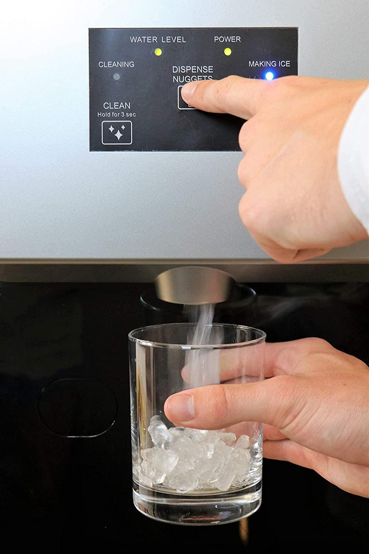 KBice-Self-Dispensing-Countertop-Nugget-Ice-Maker-dispensing