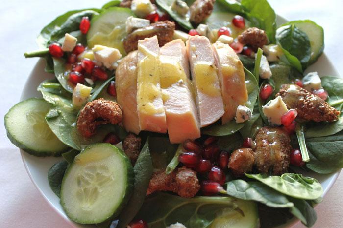 Spinach Salad with Chicken & Gorgonzola Cheese