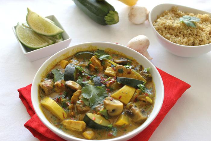 coconut-chicken-curry-with-zucchini-and-quinoa1