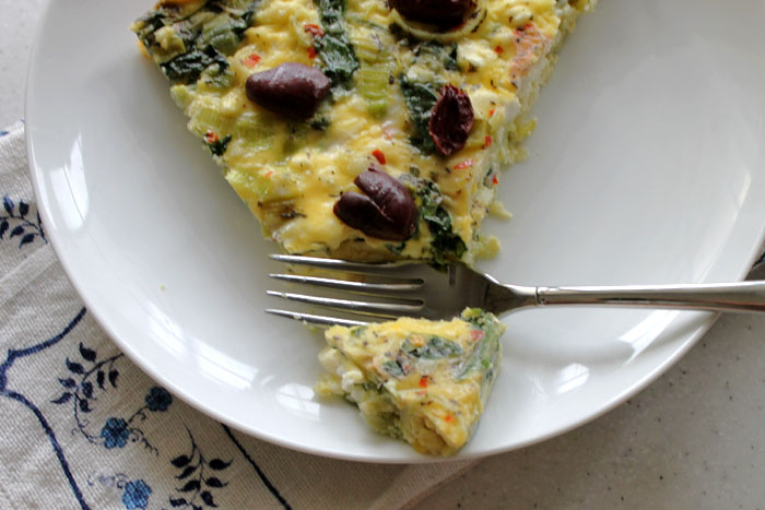 Greek-inspired-crustless-quiche3