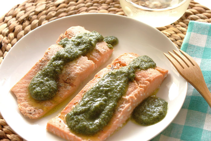 salmon-with4-herb-pest2