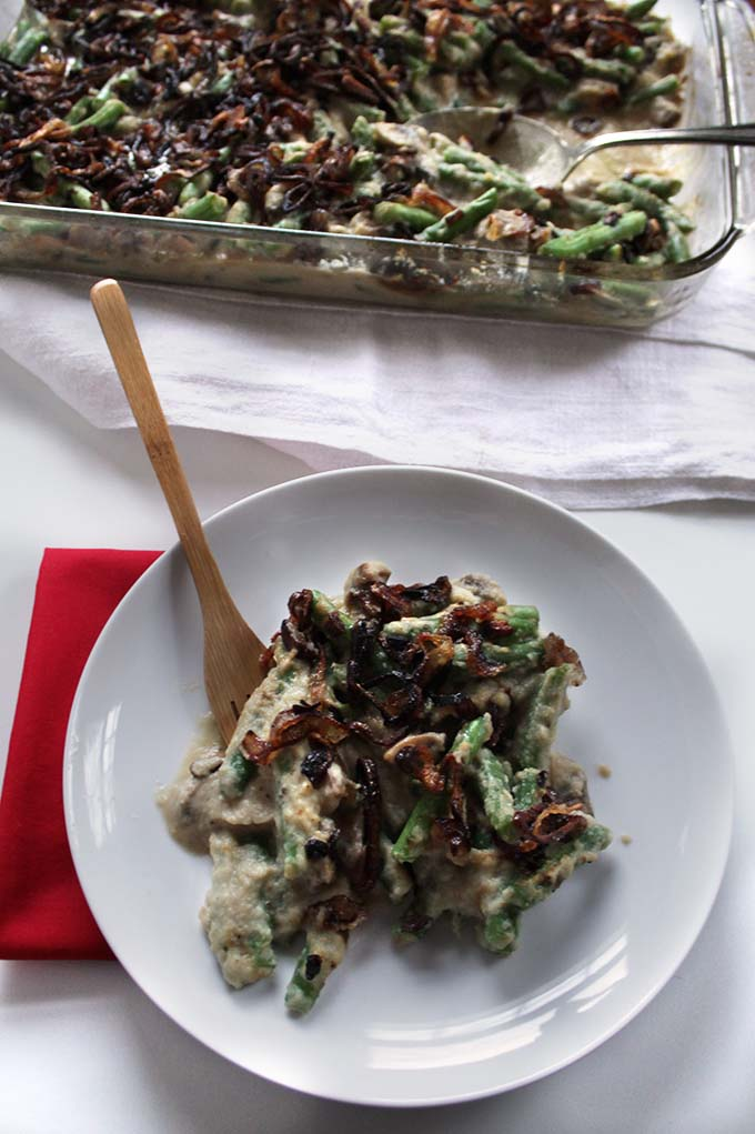 Green Bean Casserole with Creamy Cauliflower Sauce and Crispy Shallots. #Glutenfree #Holiday #Thanksgiving