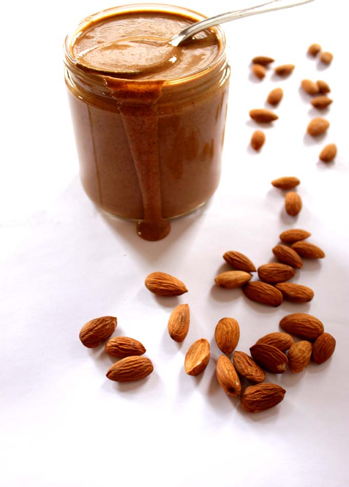 Two-Ingredient-Homemade-Almond Butter5