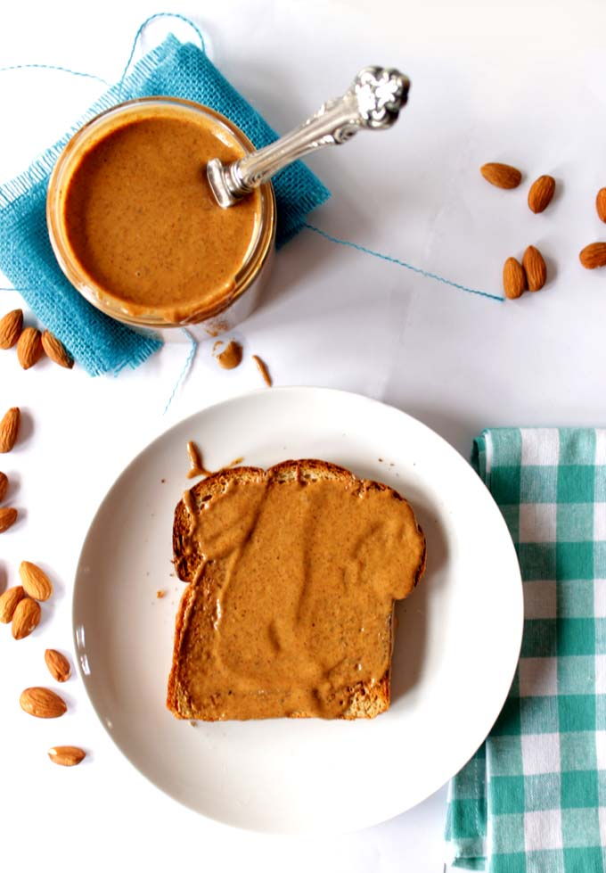 Two-Ingredient-Homemade-Almond Butter9