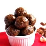 Raw Gingerbread Cookie Bites. Satisfying, Healthy, Easy #glutenfree #vegan