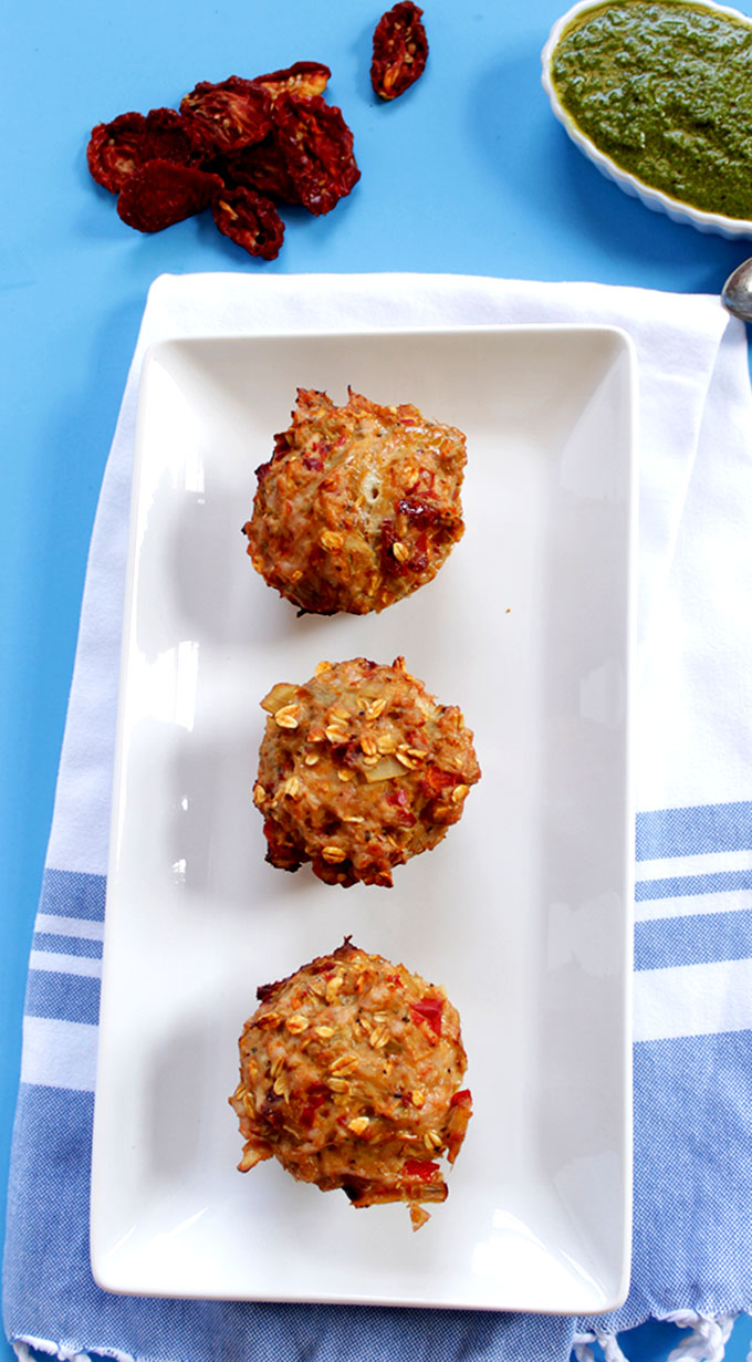 Italian Turkey Meatloaf Muffins. Simple. Healthy. Flavorful. Make-a-head-meal. #glutenfree