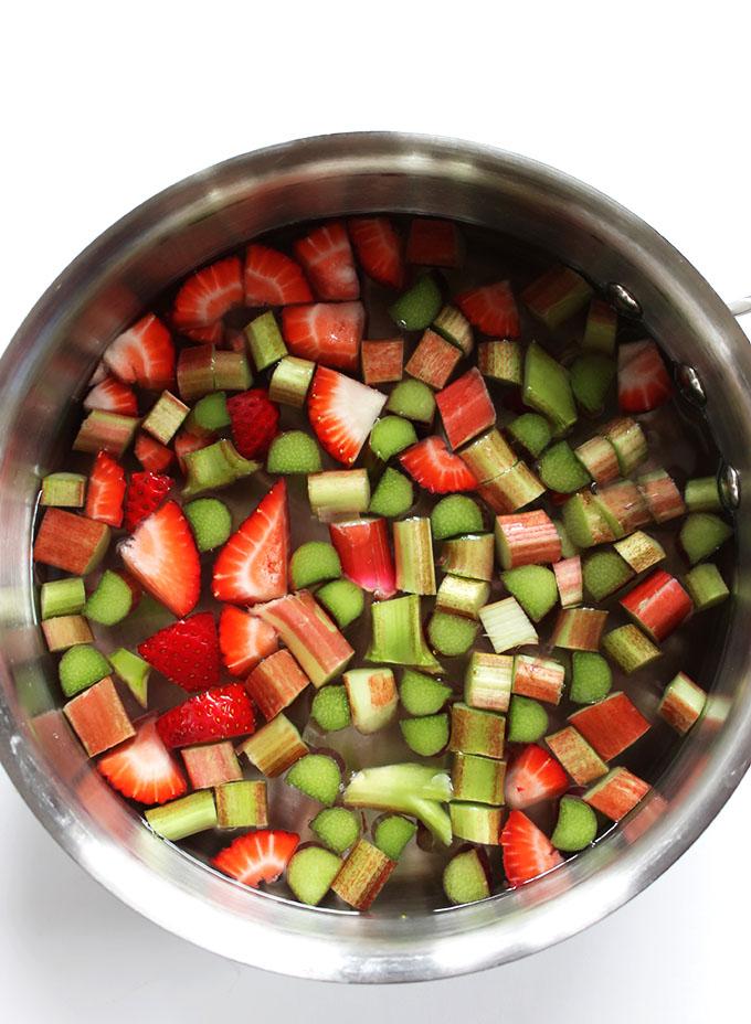 Strawberry Rhubarb Drink. Easy to make. #refinedsugarfree
