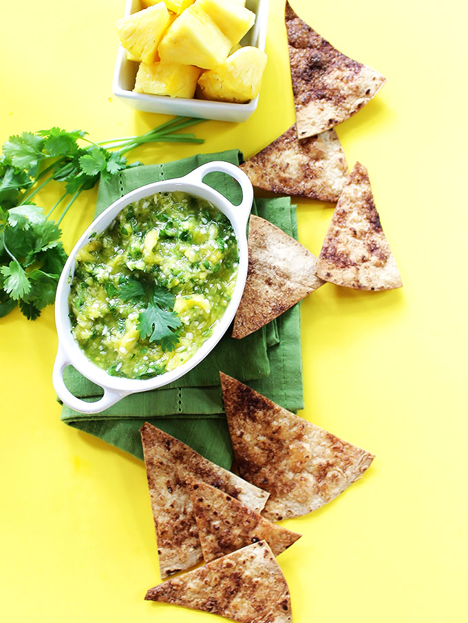 Pineapple salsa. Sweet and spicy, bursting with fresh pineapple. Serve with homeade sugar-cinnamon tortilla chips. So easy to make. #vegan #glutenfree #salsa