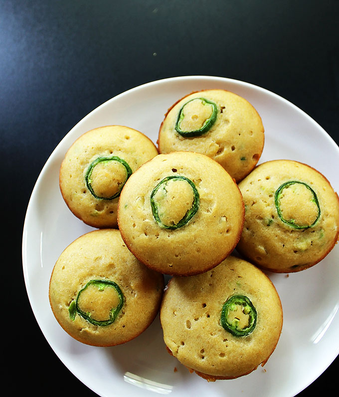 Gluten Free Jalapeno Cornbread Muffins. Sweet and spicy combo. So tender and moist. #glutenfree | robustrecipes.com