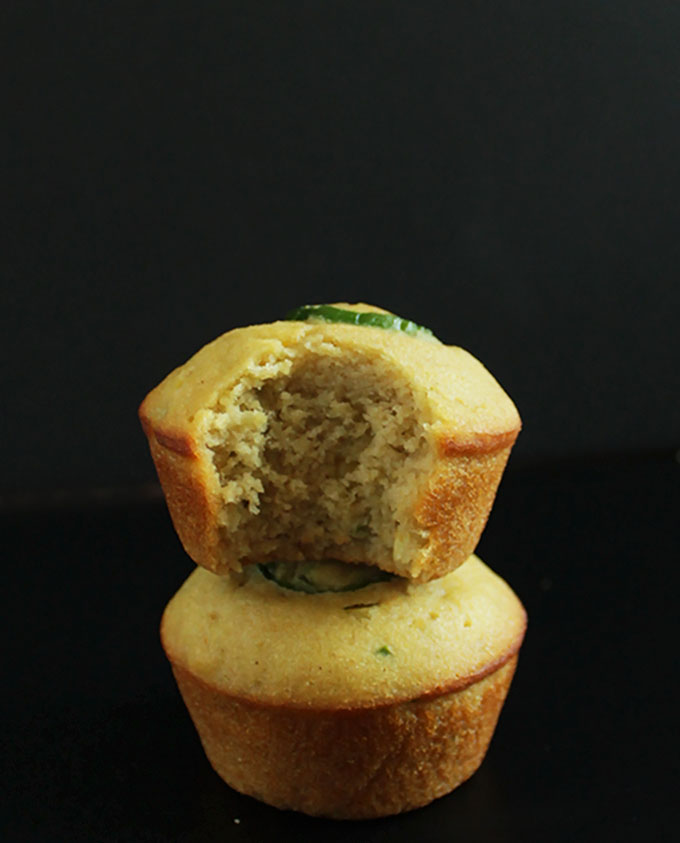 Gluten free Jalapeno Cornbread Muffins. Sweet and spicy. So delicious, tender and moist. #glutenfree | robustrecipes.com